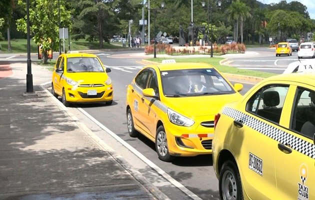 Las licencias de conducir son expedidas por la Autoridad del Tránsito y Transporte Terrestre (ATTT). Foto: Panamá América.