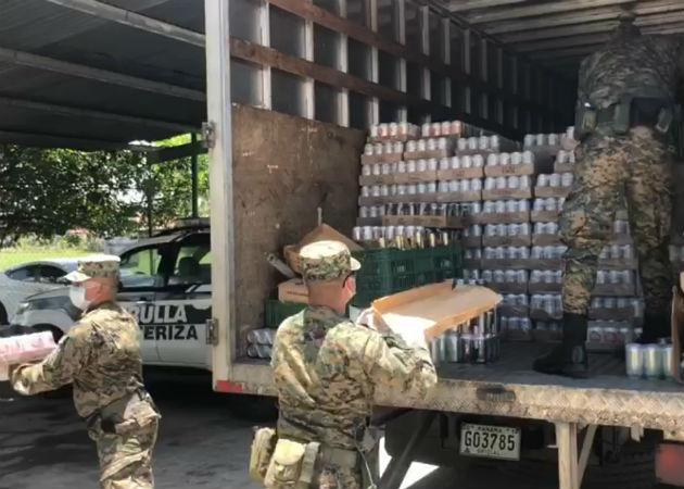 Se encontraron más de 600 cajas de licor de diferentes clases, entre ellos ron, cerveza y vino. Foto: Mayra Madrid..
