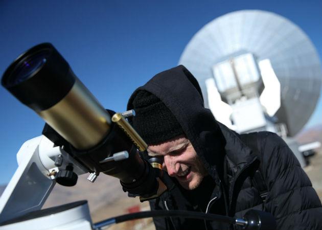 Cualquier persona con un telescopio pequeño y que sepa usarlo podrá apreciar al asteroide 52768. Fotos: Archivo/Ilustrativa.