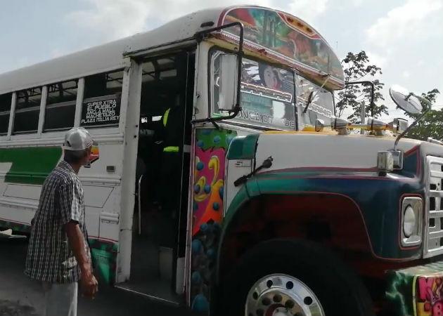 La mayor parte de la flota de autobuses de Sicamoch está inoperativa desde marzo. Foto: Eric Montenegro.