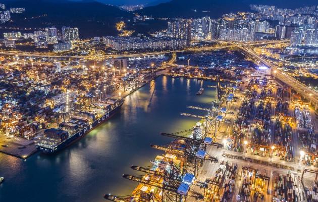 Experta prevé un cambio a bloques regionales, no una total retracción del comercio global. La terminal de Hong Kong. Foto / Lam Yik Fei para The New York Times.