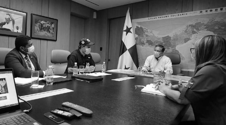 Las agrupaciones sociales se reunieron con el presidente de la República, Laurentino Cortizo Cohen, y propusieron que se entregara una ayuda económica a la población que satisfaga la canasta básica. Foto: Cortesía.