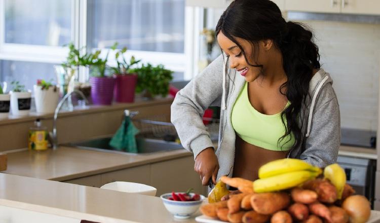 Mantenga su horario de comida. Foto: Cortesía