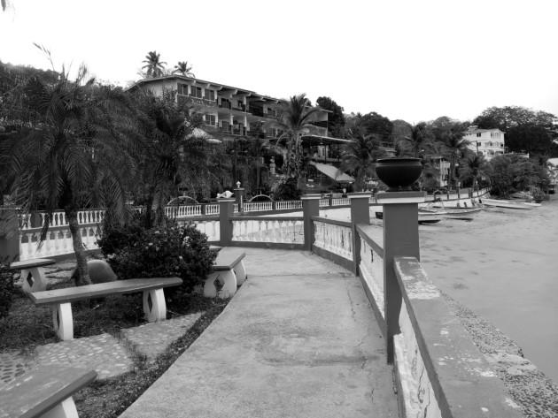 La Isla de Taboga tiene aguas cristalinas, frescos mariscos, la mejor piña colada de Panamá. La playa se encuentra cerrada al igual que todas las atracciones. Foto: Cortesía.