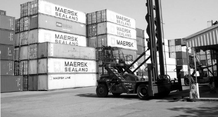 La ola creciente de medidas restrictivas, ha afectado el empleo formal; el desacoplamiento de actividades comerciales, el colapso de servicios logísticos y turísticos, entre otros. Foto: EFE.