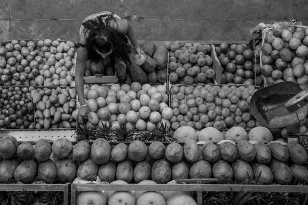 En Panamá existe una gran diversidad de frutas como banano, guanábana, limón, mandarina, mango, aguacate, guayaba, maracuyá, mamey, marañón, entre otras. Foto: EFE.