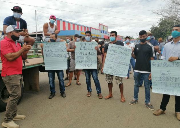Aseveran que solamente pescan para la susbsistencia. Foto: Melquiades Vásquez.