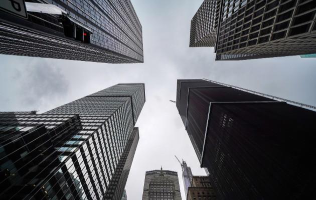 Rascacielos usados como edificios de oficinas a lo largo de la avenida Park en Nueva York, el 8 de mayo de 2020. (Chang W. Lee/The New York Times).