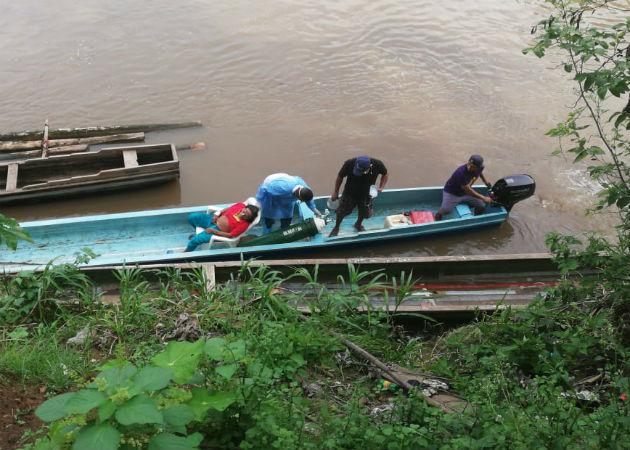 A través del río Tuira también se han enviado en piraguas productos agrícolas a familiares en la ciudad de Panamá. Fotos: Cortesía.