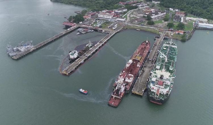 La embarcación Sea Lion ocasionó un severo derrame de 250 mil galones de combustible marino en la entrada Pacífica del Canal de Panamá.