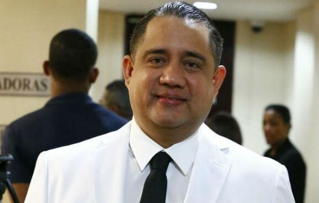 La personalidad del diputado Marcos Castillero incita confianza para reelegirse.