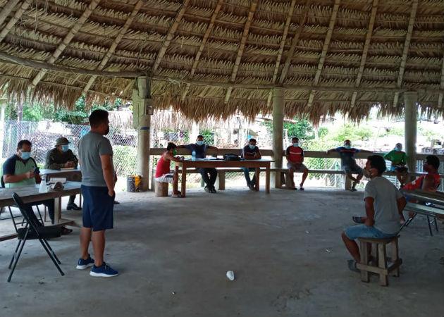 En la reunión también estuvieron presentes los líderes comunitarios (Noko) de Unión Chocó, Capetí, Puente y Vista Alegre. Fotos: Cortesía.