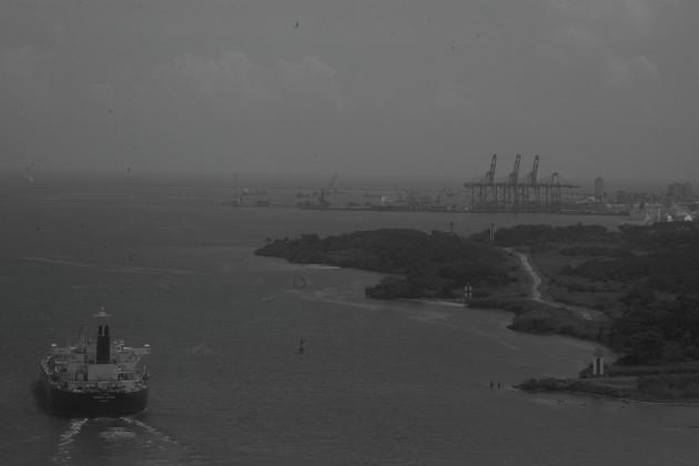 La gran tragedia que vive Panamá al dar su espalda al mar, reservando su mirada solo a la más mínima porción de su canal. Foto: Víctor Arosemena.