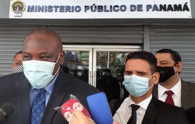 Abogados de Alias Marshall no descartan denuncia contra exdirectivos de la Policía Nacional. Víctor Arosemena
