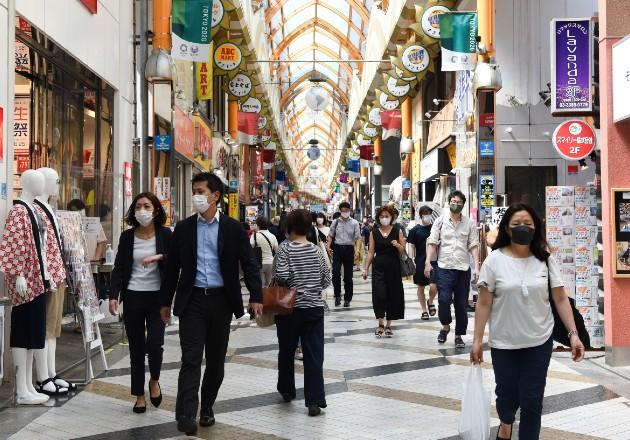 Japón ha permitido que más de su economía se mantenga abierta. Galería comercial en Tokio. Foto / Noriko Hayashi para The New York Times.