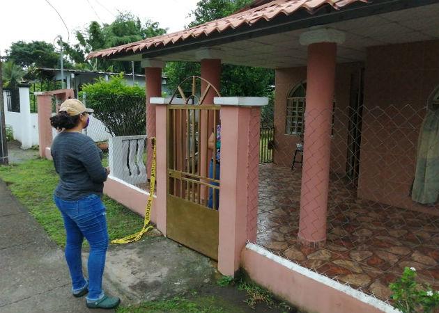 La pareja fue encontrada en uno de cuartos de esta vivienda en La Mata. Fotos: José Vásquez