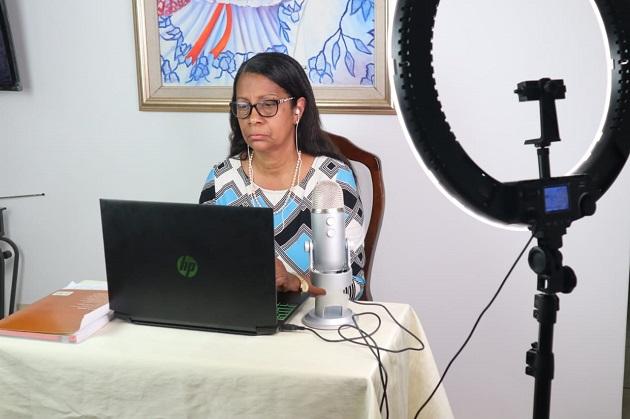 Matilde Flores tiene 61 años y es docente de Historia.