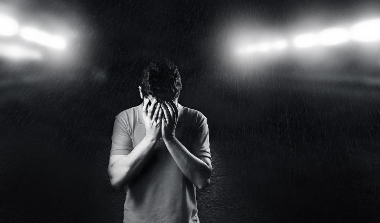 La ansiedad y la depresión, son las manifestaciones psicosociales más frecuentes. Pixabay