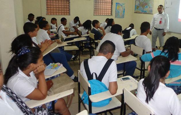 El Meduca informó que se han presentado casos de padres de familia que han quedado cesantes se han trasladado a sus regiones y han cambiado a los estudiantes.