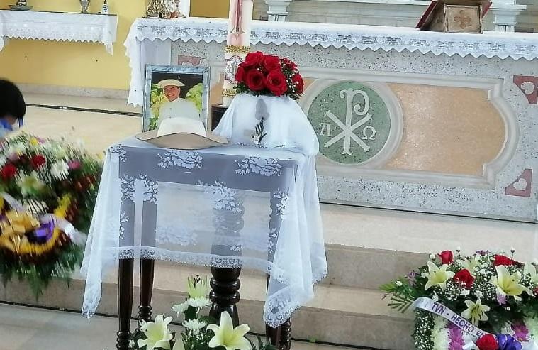 Durante el acto religioso. Foto: Thays Domínguez