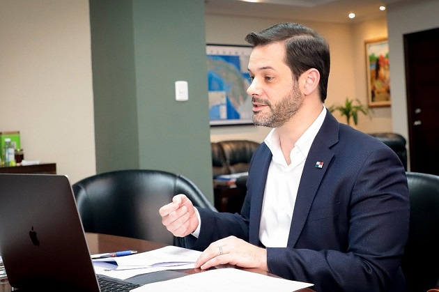 El ministro Ramón Martínez dijo que está en aislamiento domiciliario.