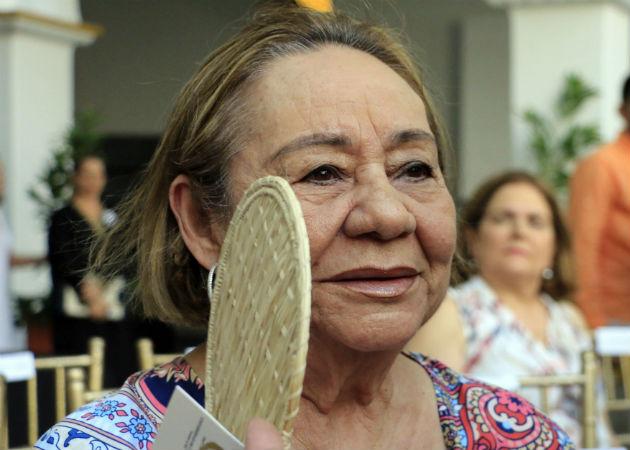 Foto archivo del 2016 de la viuda de García Márquez, Mercedes Barcha, en una ceremonia en el Claustro de la Merced en Cartagena (Colombia). Foto: EFE.