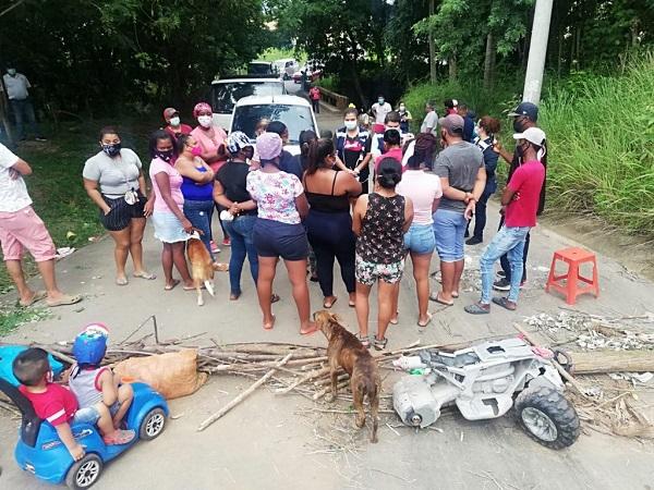 Protesta en el sector de Las Paderas, en La Chorrera.