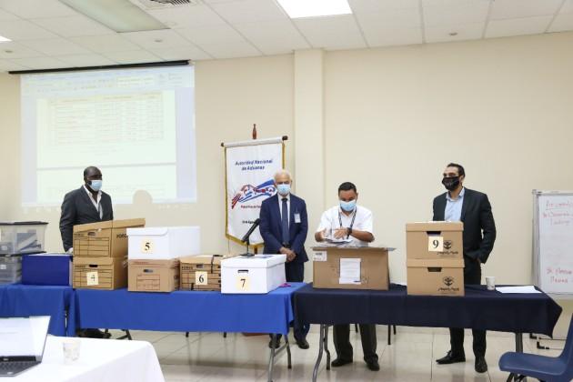 Este proceso forma parte del proyecto que desarrolla Aduanas bajo la coordinación del Banco Interamericano de Desarrollo (BID).