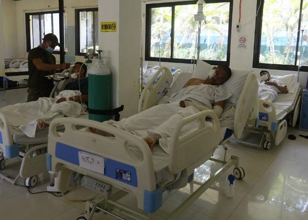 El doble atentado se perpertró en una céntrica plaza de Jolo en Mindanao. Fotos: EFE.