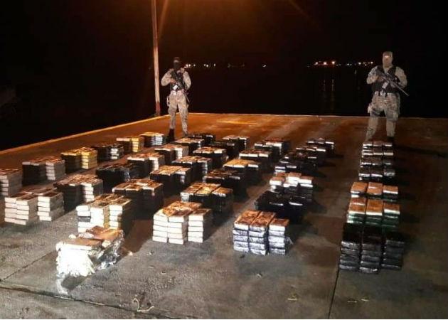 Un total de 1,066 paquetes de cocaína fueron decomisados en el corregimiento de Isla Grande. Foto: Diómedes Sánchez.