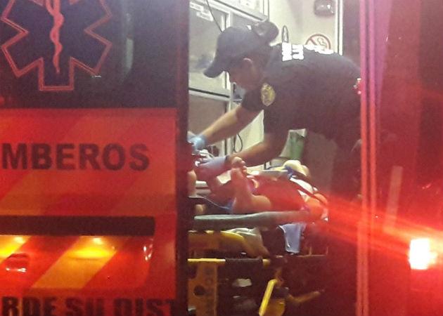 Ambos heridos inicialmente fueron llevados al Minsa Capsi de Dolega para recibir los primeros auxilios. Foto: Mayra Madrid.