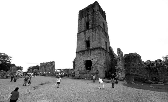Donde hoy están las ruinas de Panamá La Vieja, allí, mucho antes de la llegada de los españoles, los originarios tenían una aldea porque se pescaban muchos peces. Foto: Archivo. Epasa.