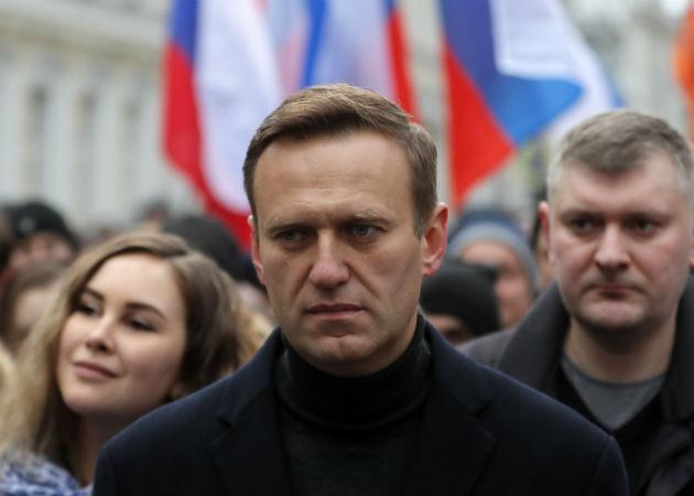 Foto archivo de  Alexei Navalny (C), cuando participaba en un mitin en Moscú, Rusia, el  29  de febrero de 2020. Fotos: EFE.