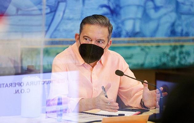 Laurentino Cortizo lamenta no poder abrazar a la gente.