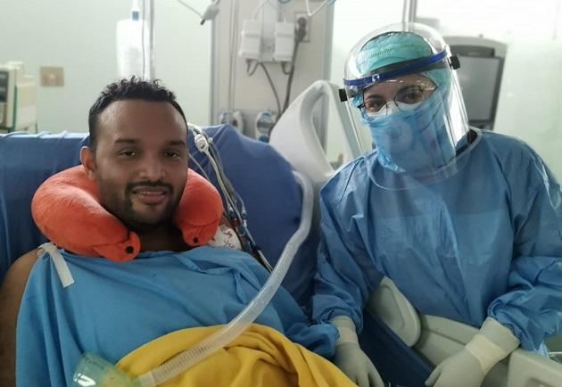 El enfermero Abdiel Amor, de 33 años, reconstruyó para el Panamá América su infernal batalla contra la COVID-19.