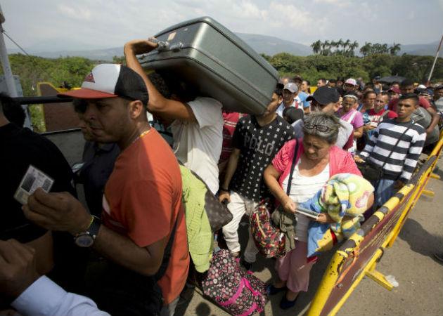 De acuerdo con la ONU, unos 4 millones de venezolanos han salido de su país rumbo a otros lugares del mundo. Fotos: Archivo/Ilustrativa.