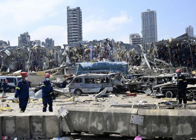 La explosión hace más de un mes en el puerto de Beitur, provocó la dimisión del Gobierno. Fotos: EFE.