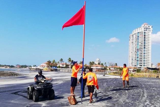 El uso de playas, ríos y balnearios a nivel nacional fue prohibido desde el pasado 15 de marzo. Foto cortesía Sinaproc