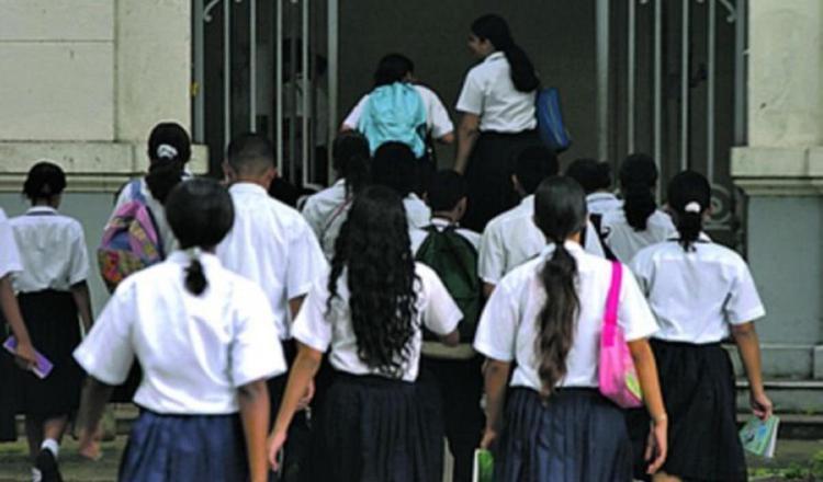 Los padres no se sienten seguros de enviar a sus hijos a las escuelas el próximo año 2021.