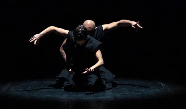 Compañía. Danae & Dionysios. Pieza. Uncia. Foto: Stavros Habakis