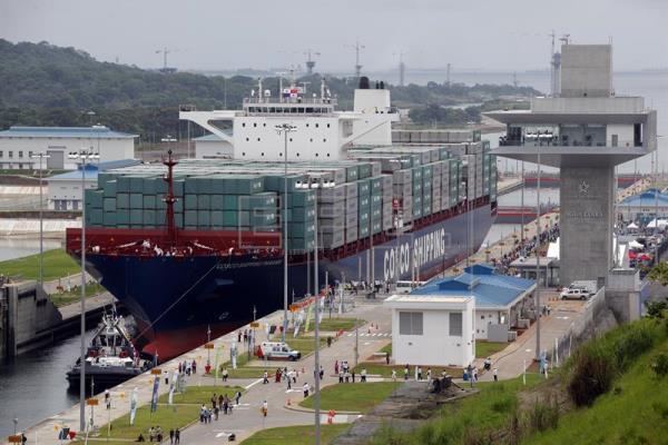 El Canal de Panamá el año pasado aportó a las arcas del Estado más de mil 800 millones de dólares. Archivo
