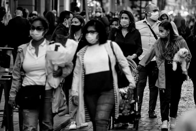 La crisis económica que se atraviesa tiene tendencia a producir recesión y presentar dificultades para una recuperación aceptable del PIB. Foto: EFE.