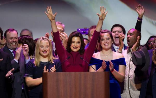Gobernadora de Michigan, la demócrata Gretchen Whitmer, agradeció a los agentes