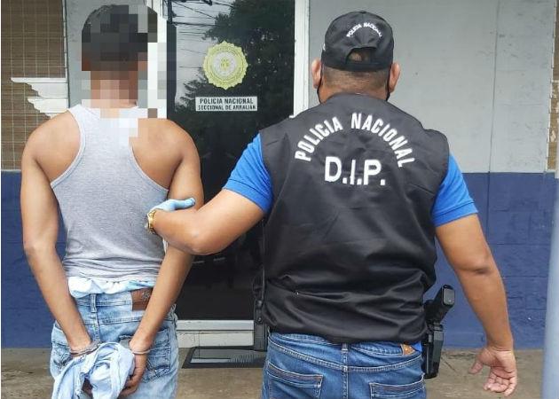 Familiares y amigos del cuarto capturado alegan su inocencia y protestaron afuera del SPA. Foto: Eric A. Montenegro.