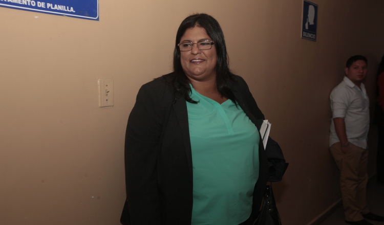 Tania Sterling, fiscal anticorrupción.