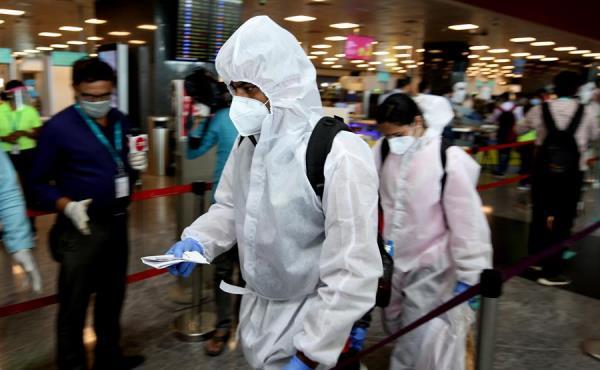 Con 7.4 millones de casos de coronavirus y 112.998 muertes, la India es el segundo país del más afectado por la pandemia por detrás de Estados Unidos, con 8,2 millones de infecciones. FOTO/EFE