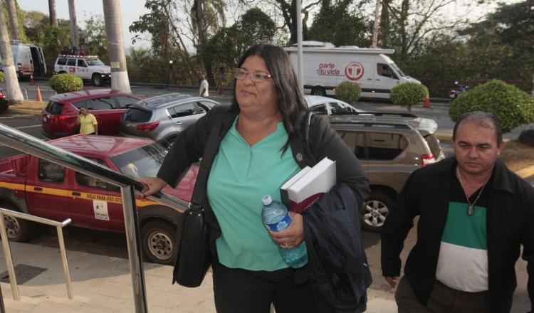 Tania Sterling, fiscal especial anticorrupción.