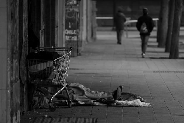 Necesitamos redoblar los esfuerzos y replantear los diferentes programas sociales para atender las necesidades de la población más pobre y vulnerable. Foto: Archivo.