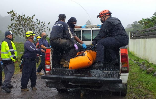 El primer cuerpo fue ubicado en el sector de Las Florentinas, en Paso Ancho de Volcán. Foto: Mayra Madrid.