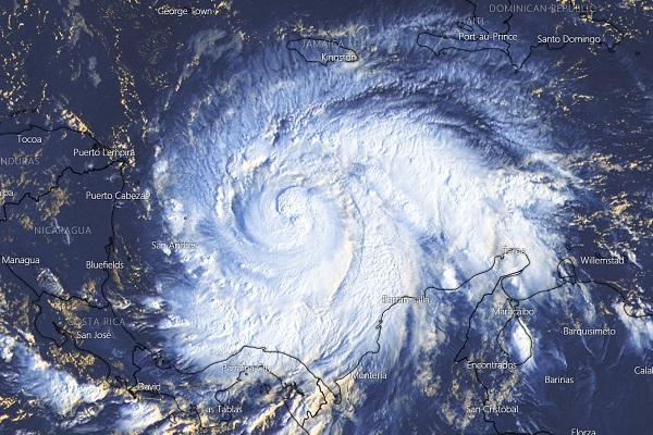 Huracán Iota impactará a Nicaragua y Honduras con categoría 4.